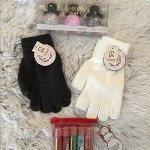 🎈🎈Snowman Gifts 2 gloves 5pk lip balm 3pk polish